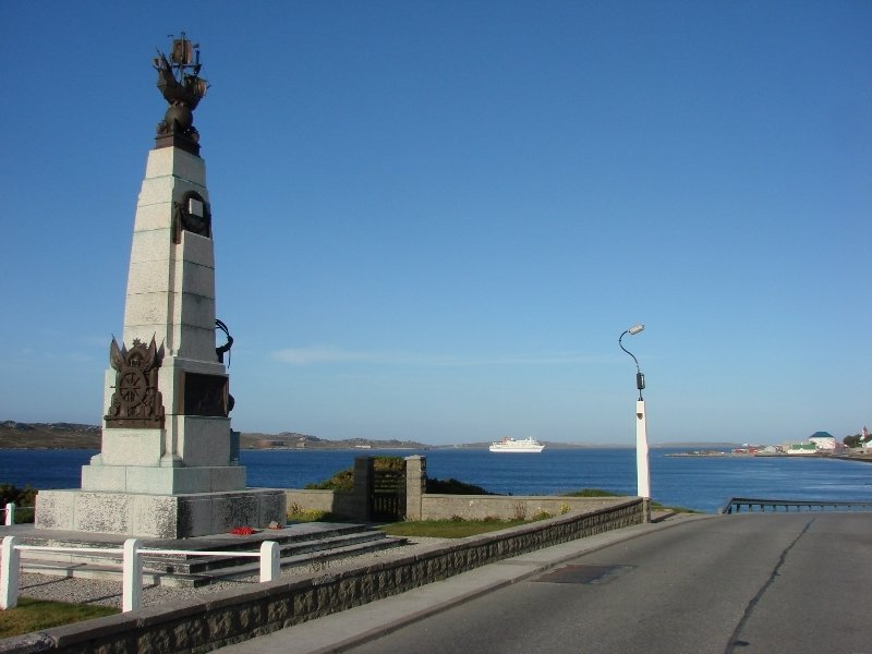 World War One Memorial and Harbour View