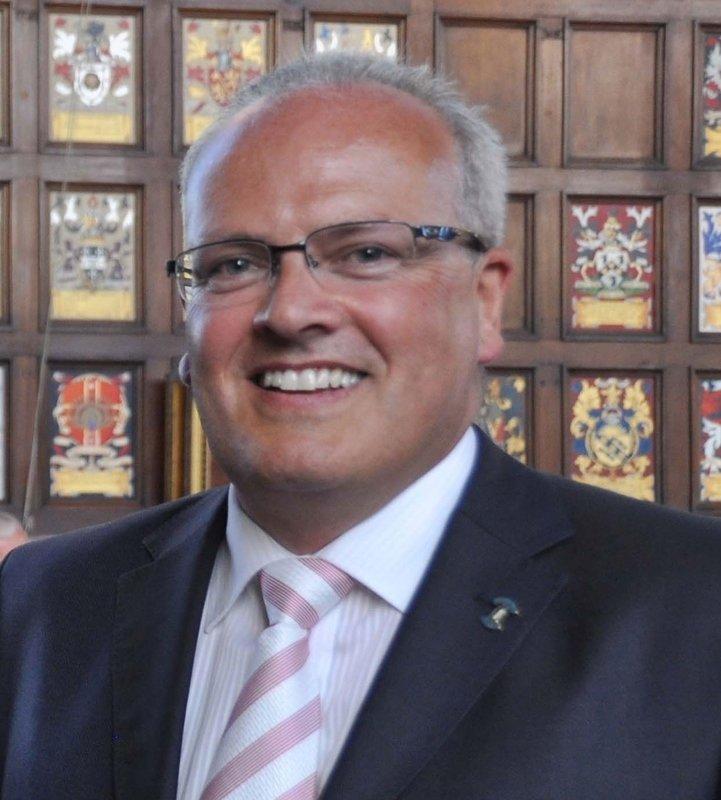 Vice-Chairman: Saul Pitaluga